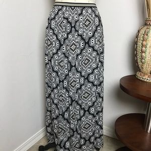 Old Navy Boho Geometric Maxi Skirt